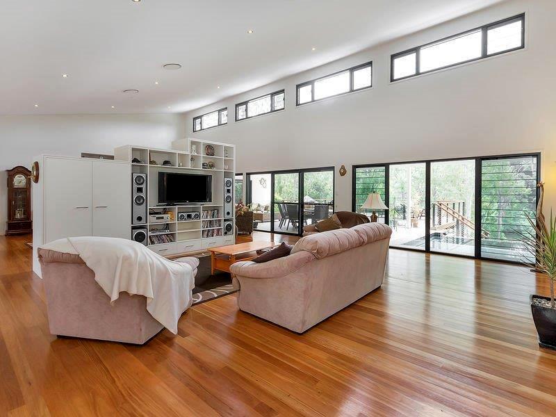 Kallatina interiors by Birchall & Partners Architects